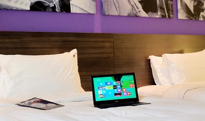 acer-aspire-v3-bedroom