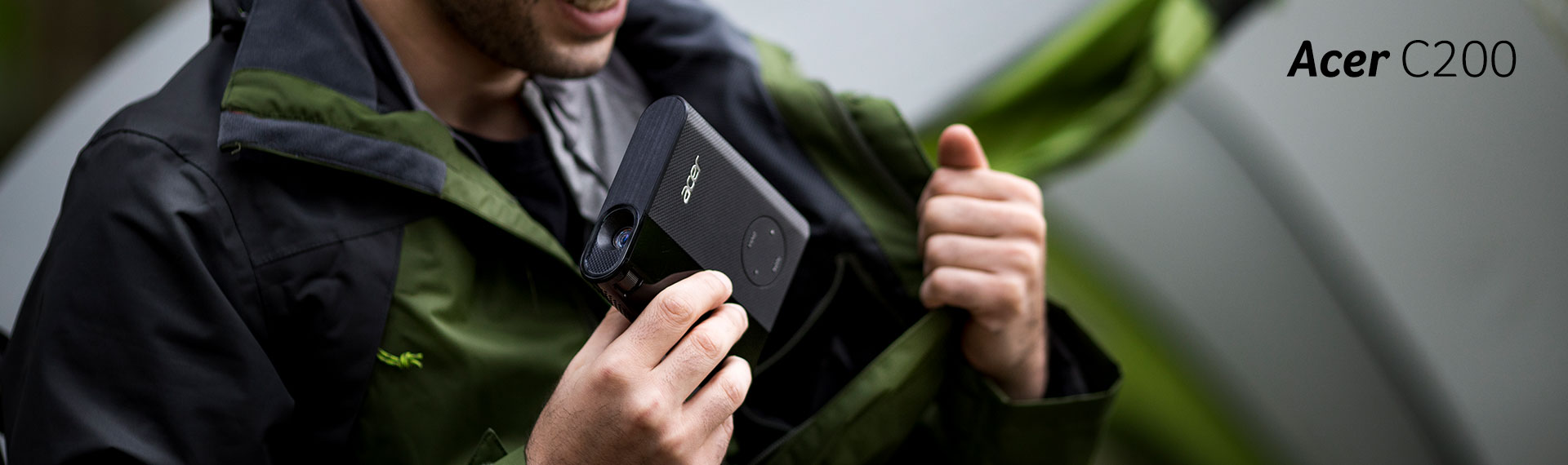 Acer C200, Proyektor Praktis untuk Bisnis dan Hiburan