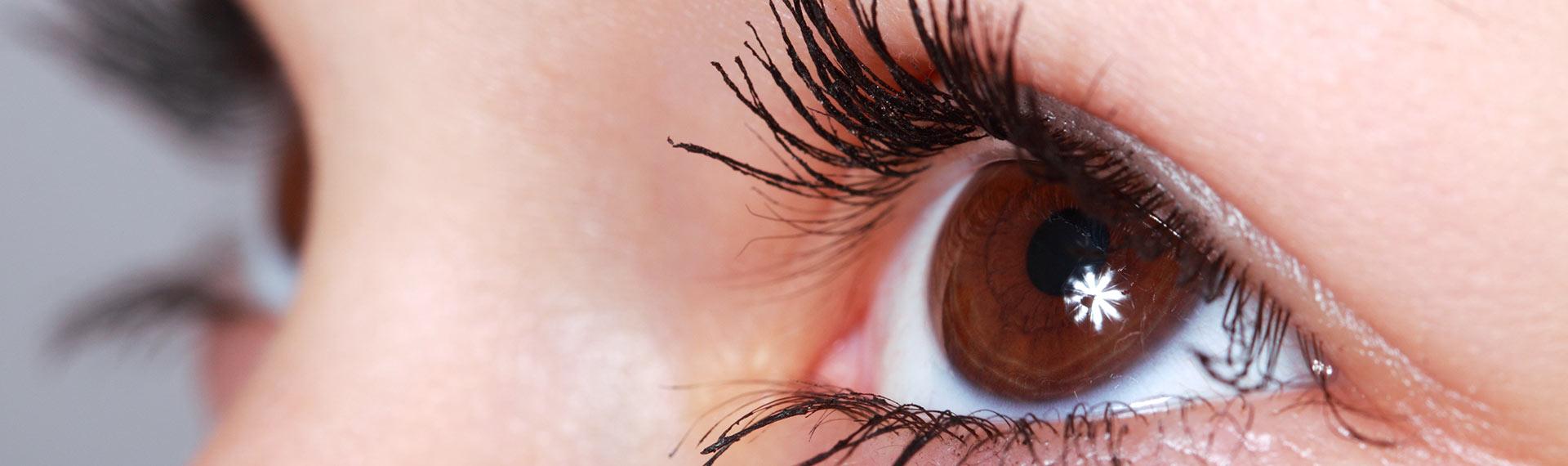 Cara Menghindari Kerusakan Mata Setelah Memakai Gadget Terlalu Lama